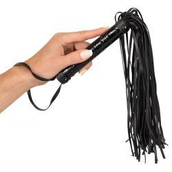 Látigo flogger de cuero negro sintético con multiples verdugones 39cm