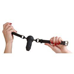 Mordaza negra de silicona con forma de pene y correa ajustable